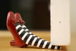 Dorothy shoes doorstopper hospitality gift